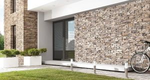Фасад из камня